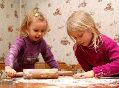 4 rady jak zaangażować dziecko w świąteczne przygotowania!