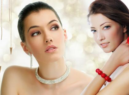 4 rodzaje biżuterii na święta