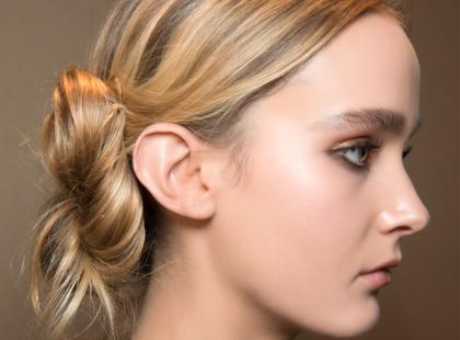 4 sprawdzone i niedrogie kosmetyki, które pielęgnują włosy blond!