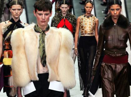 45 modnych stylizacji z jesiennego pokazu Givenchy