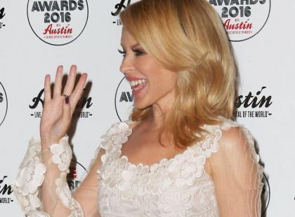 47 lat i taka figura? Kylie Minogue ma nogi jak nastolatka
