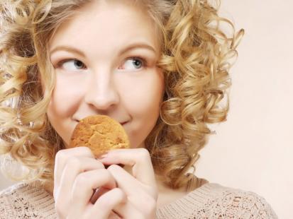 5 groźnych mitów, przez które niszczysz swoje zęby