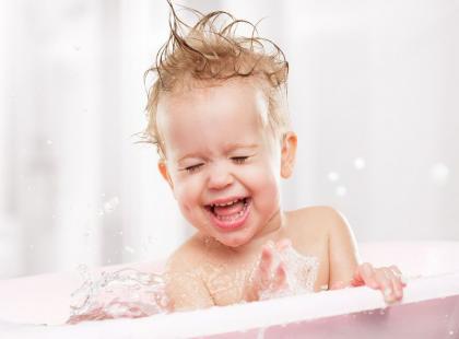 5 leczniczych kąpieli dla niemowlaka
