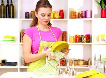 5 najbardziej znienawidzonych obowiązków domowych [sonda]