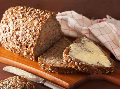 5 najlepszych przepisów na dietetyczny chleb bezglutenowy