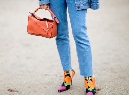 5 najmodniejszych jeansów damskich na jesień 2019