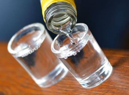 5 nietypowych zastosowań wódki w domu