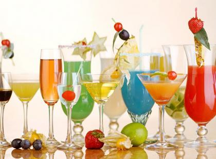 5 pomysłów, jak udekorować drinki