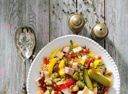 5 pomysłów na sałatki, których przygotowanie kosztuje mniej niż 10 zł