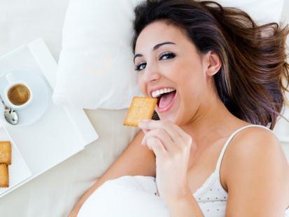 5 praktycznych rad, jak zadbać o zdrowe dziąsła