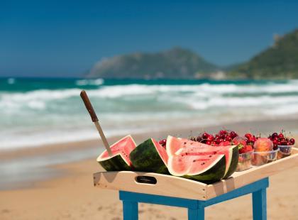 5 produktów, które latem dietetyk je codziennie