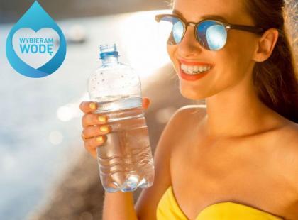5 rad, jak pamiętać o piciu wody w ciągu dnia