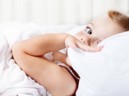 5 rzeczy, które przeszkadzają dziecku w spaniu