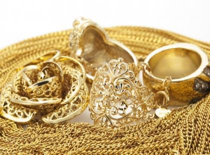 5 sposobów na czyszczenie i konserwację pozłacanej biżuterii
