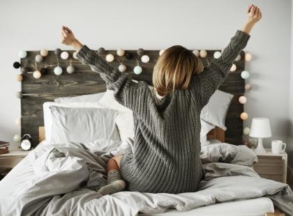 5 sposobów na małą sypialnię: zobacz jak ją urządzić z głową!
