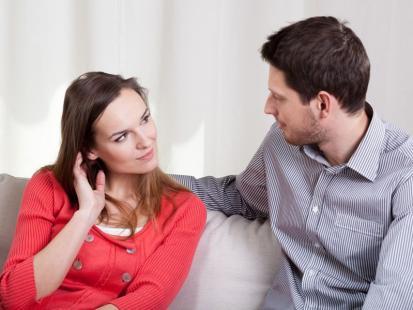 5 sposobów na sprawdzenie, czy twój rozmówca cię słucha