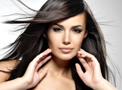 5 sposobów na stylizację cienkich włosów