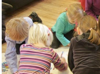 """5 stycznia – bezpłatne warsztaty """"Tęczowe Zabawy"""" dla dzieci"""