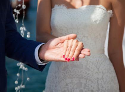 5 trendów na ślubne paznokcie 2018
