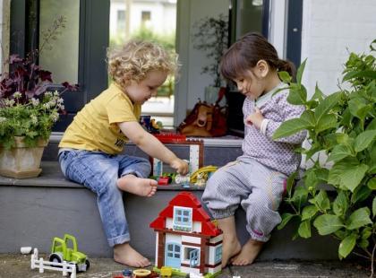 5 zabaw wspierających naukę mówienia