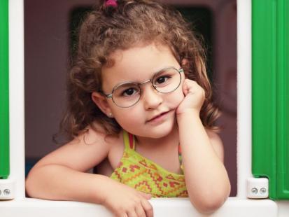 5 zdań, których nie powinnaś mówić do dziecka przy kości