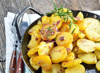 50 dań z ziemniaka