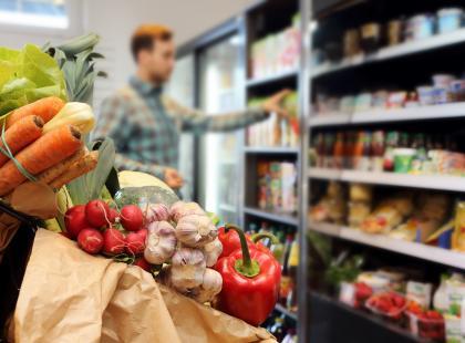 6 (kosztownych) błędów, które popełniasz, robiąc zakupy spożywcze
