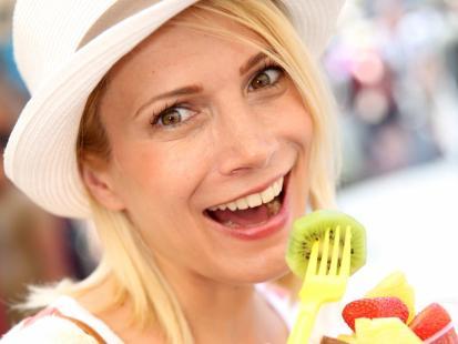 6 porad, co wybierać w popularnych fast foodach!