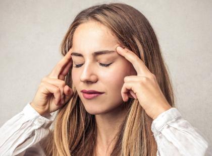 6 skutecznych sposobów na migrenę w pracy