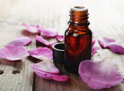 6 zdrowotnych zalet olejku z geranium