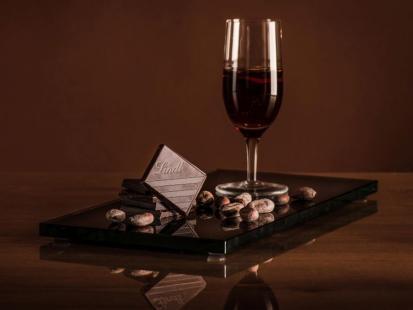 6 zestawień smaku wina i czekolady