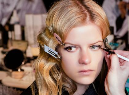 7 kosmetyków, którymi zrobisz makijaż na halloween. Zobacz jakie to proste!