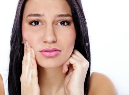 7 mitów o leczeniu zębów - dementuje stomatolog