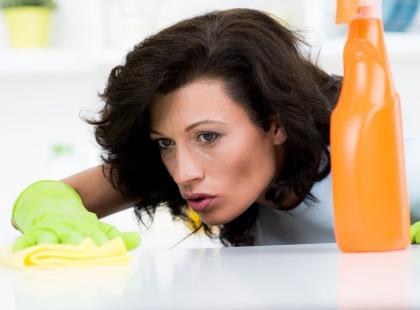 7 obowiązków domowych, które wykonasz w MNIEJ niż minutę!
