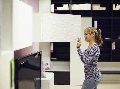 7 pomysłów, jak tanio kupić meble