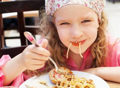 7 porad, jak zachęcić dziecko do jedzenia