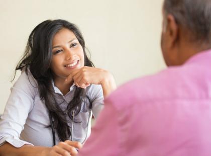 7 powodów, dla których kobiety wiążą się ze starszymi mężczyznami