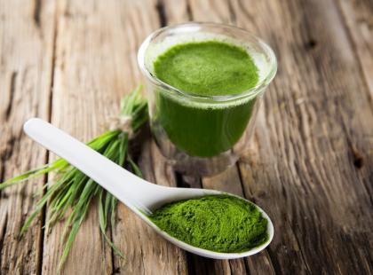 7 powodów, dla których warto włączyć do diety chlorellę
