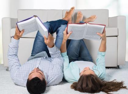 8 sposobów i pomysłów na to, by czytać więcej książek