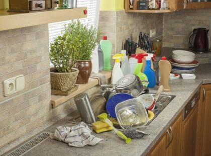 8 trików, jak szybciej i bez nerwów posprzątać po świętach