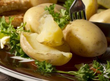 9 rad, jak przygotować ziemniaki w mundurkach