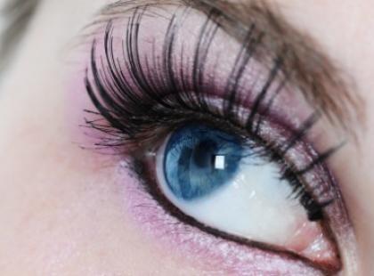 A gdyby tak różowe oko?
