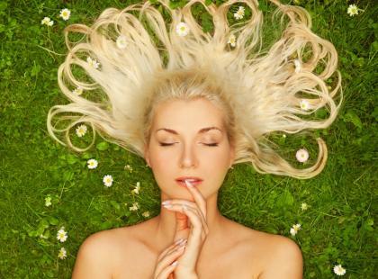 Afrodyzjaki – miłosna moc lubczyku