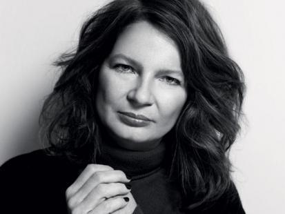Agata Tuszyńska: Zaciskam zęby i piszę