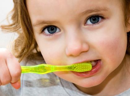 Mycie zębów/fot. Fotolia