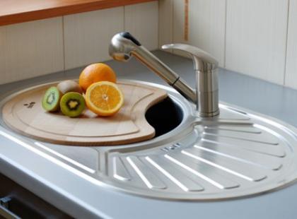 Akcesoria kuchenne do zlewozmywaków stalowych i kompozytowych