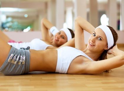 Aktywność fizyczna w czasie miesiączki - jakie ćwiczenia wykonywać?