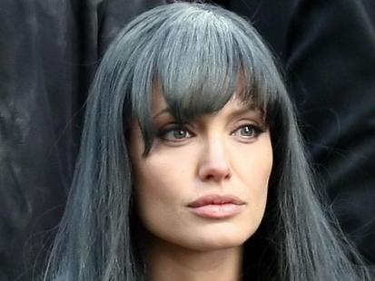 "Angelina Jolie na planie filmu ""Salt"""
