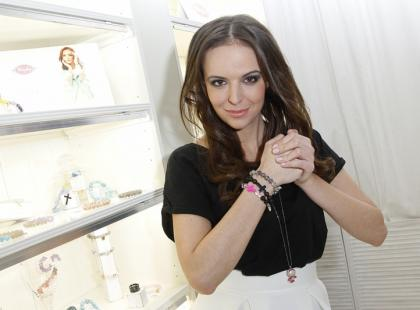 Anna Wendzikowska została projektantką biżuterii