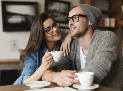 anty randki spotykasz się z kimś o tym samym nazwisku co twoja siostra